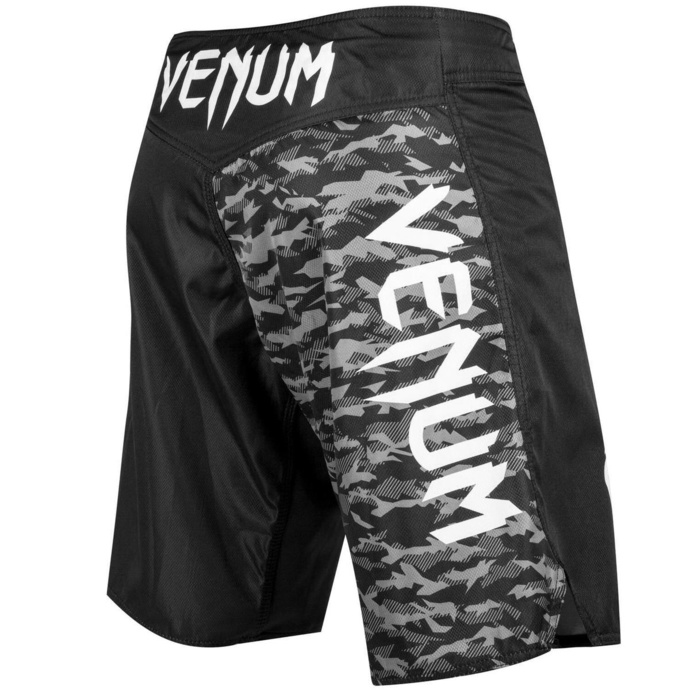Pantaloncini da uomo VENUM - Light 3.0 Fightshorts - Nero / Urban Camo
